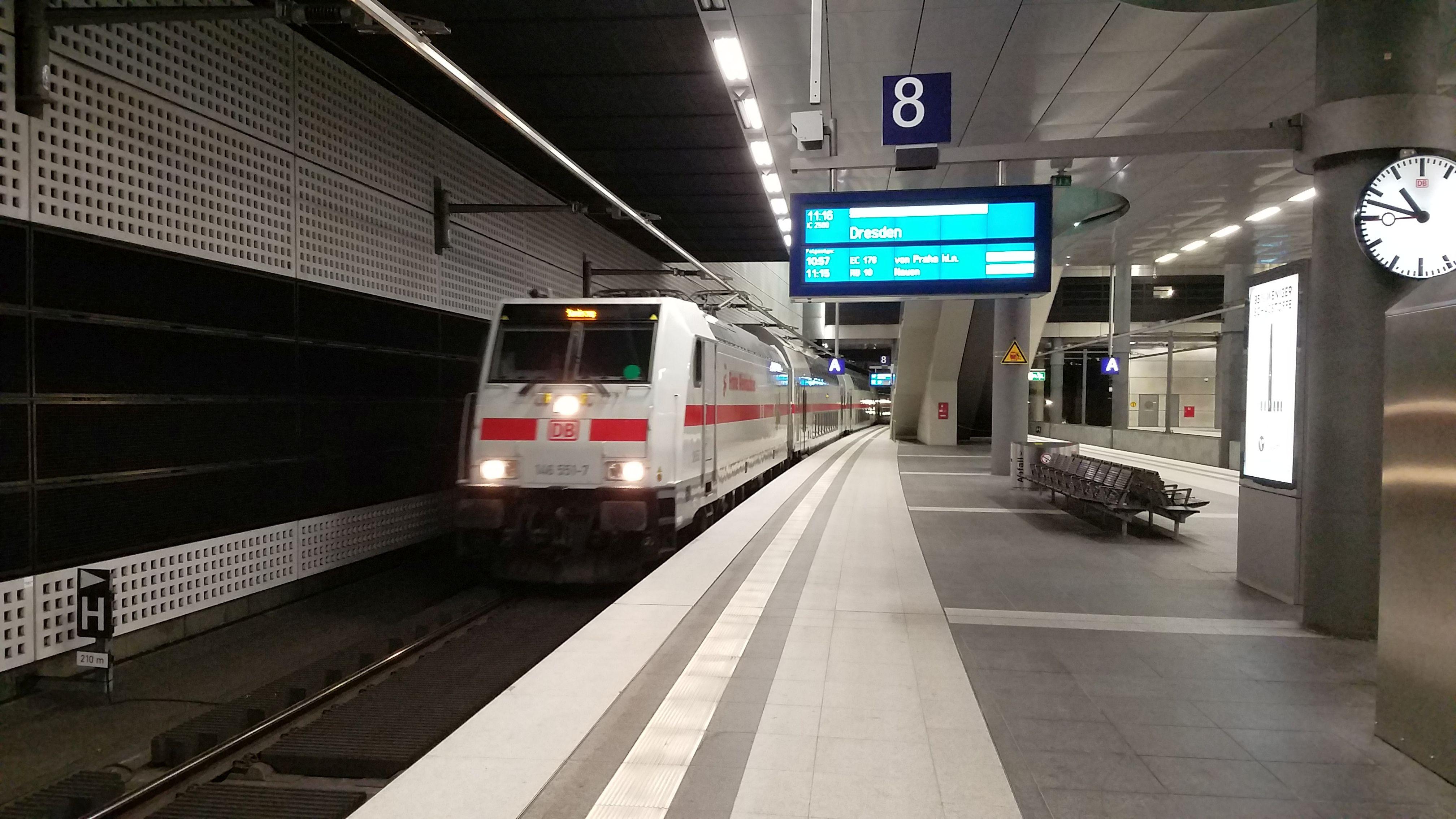 146 551 Berlin Dresden