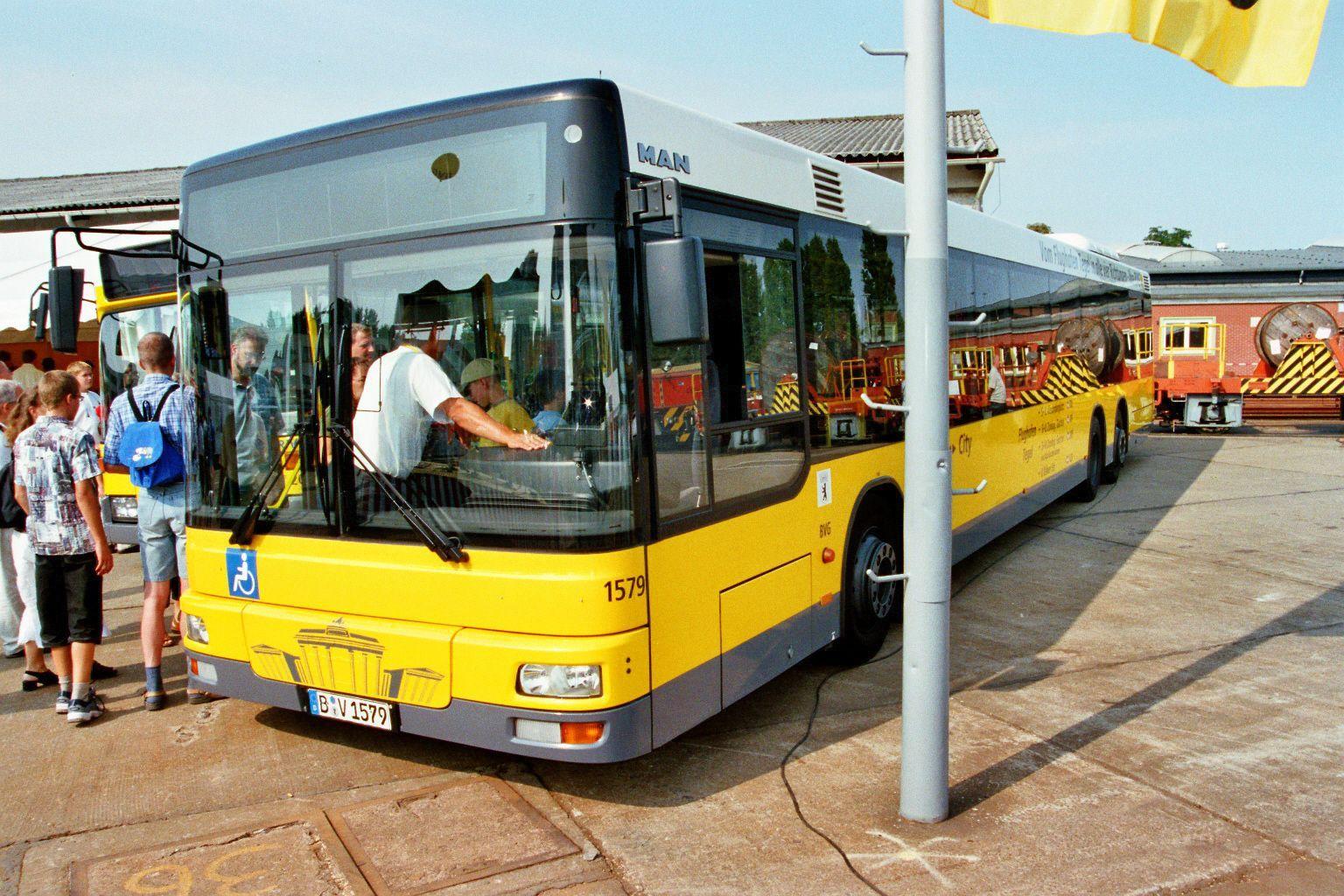 berlin bus bustypen linien niederdecker eindecker. Black Bedroom Furniture Sets. Home Design Ideas
