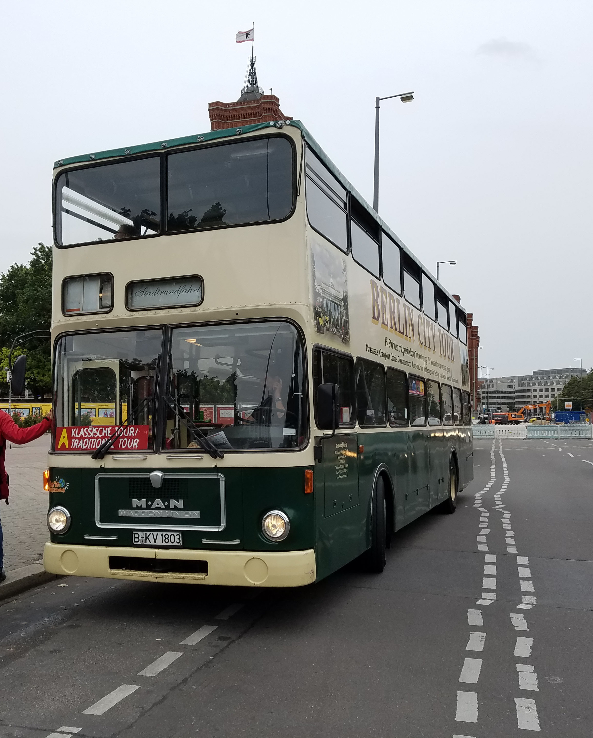 Foto: Bus 1803, Typ SD81, Stadtrundfahrtbus B KV 1803, Berlin, September 2017