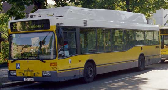Bus 2105, Osloer Str., 2004