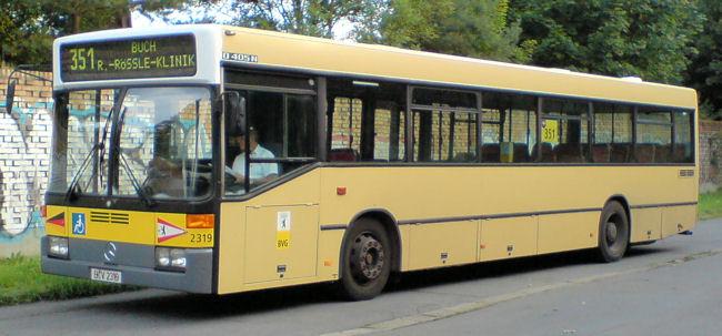 Bus 2319, Buch, 2006;