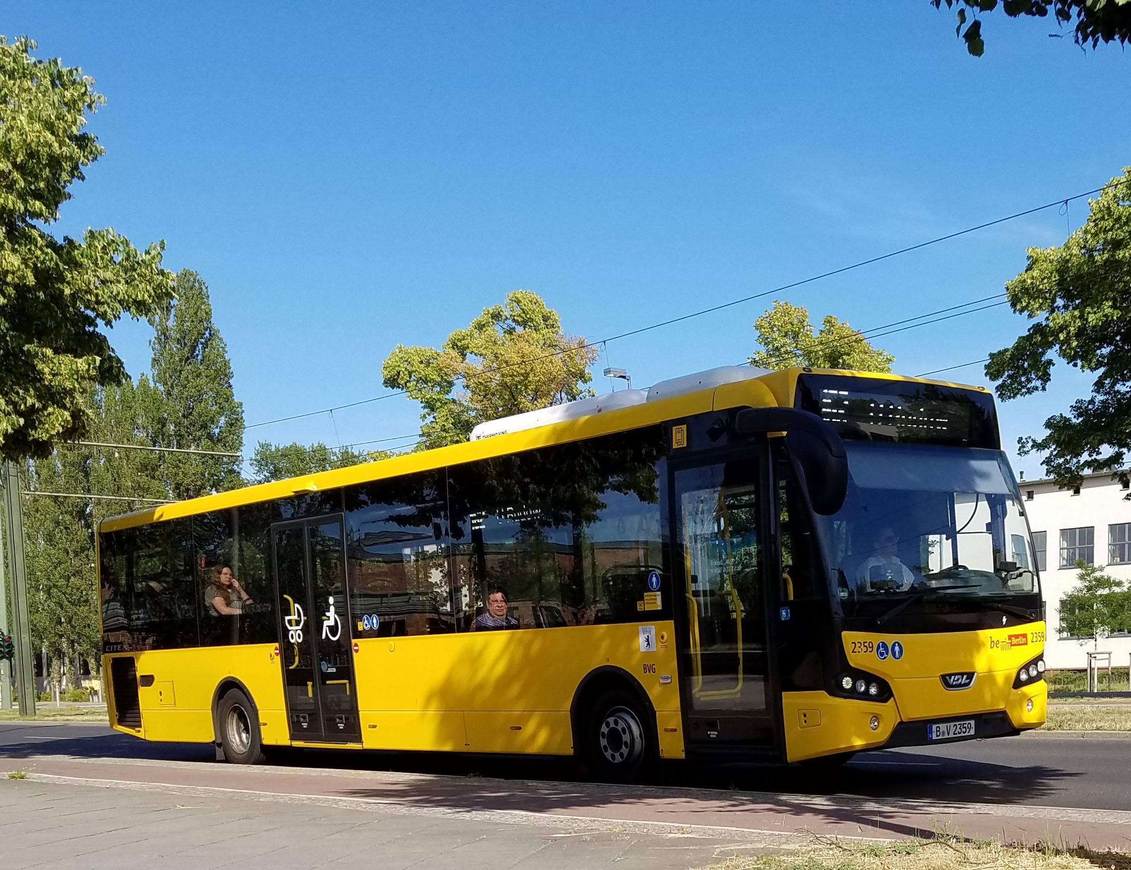 Foto: Bus 2359, Typ VDL Citea LLE 120, Adlershof, 2017