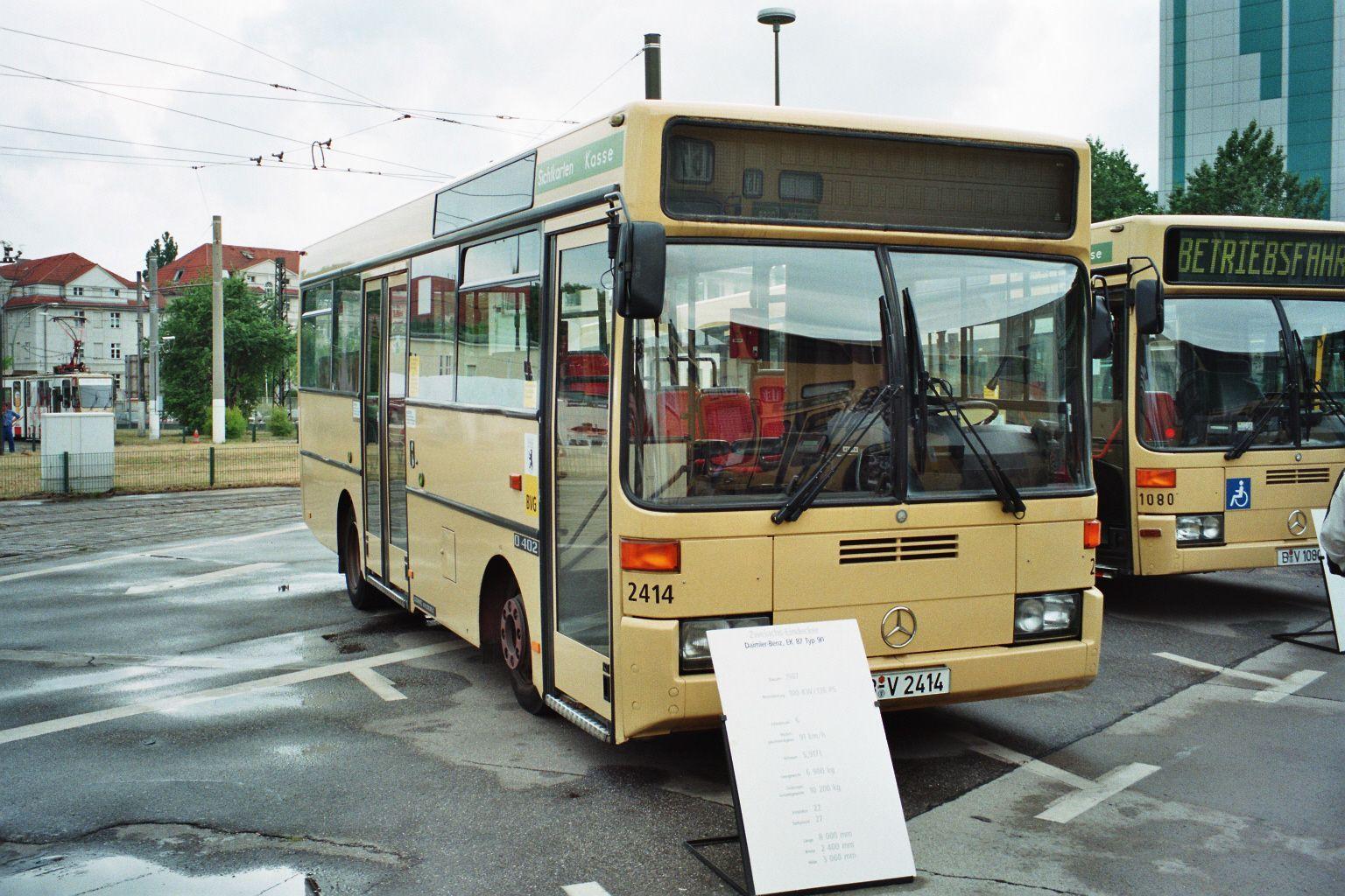 berlin bus bustypen altbau niederdecker eindecker gelenkbusse. Black Bedroom Furniture Sets. Home Design Ideas