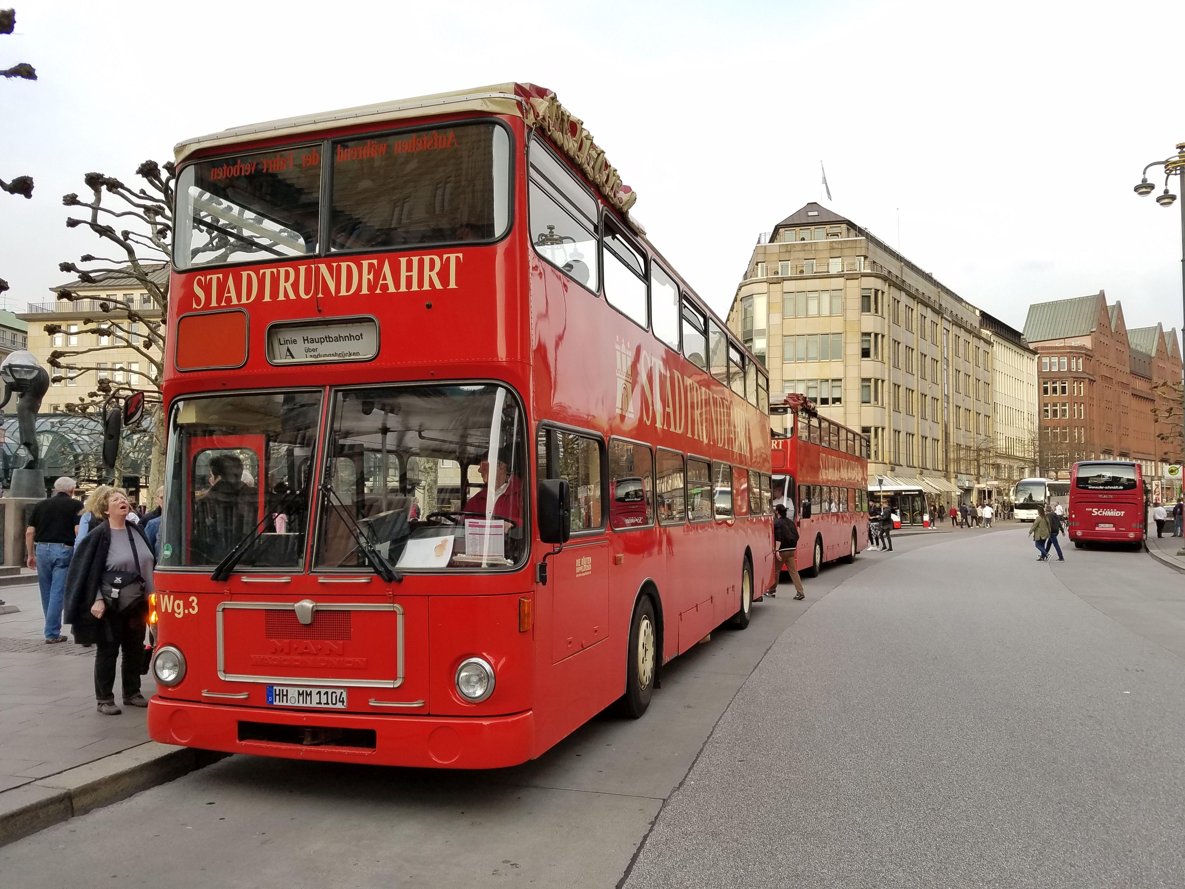 Foto: Bus 3109, Typ SD78, Stadtrundfahrtbus HH MM 1104, Hamburg, März 2017
