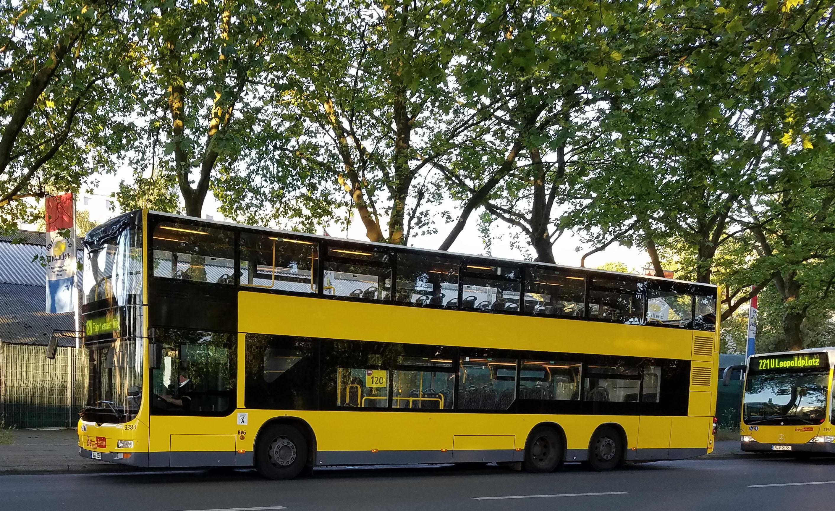 Foto: Bus 3383, Doppeldecker MAN Lion's City DD, Märkisches Viertel, Juni 2017