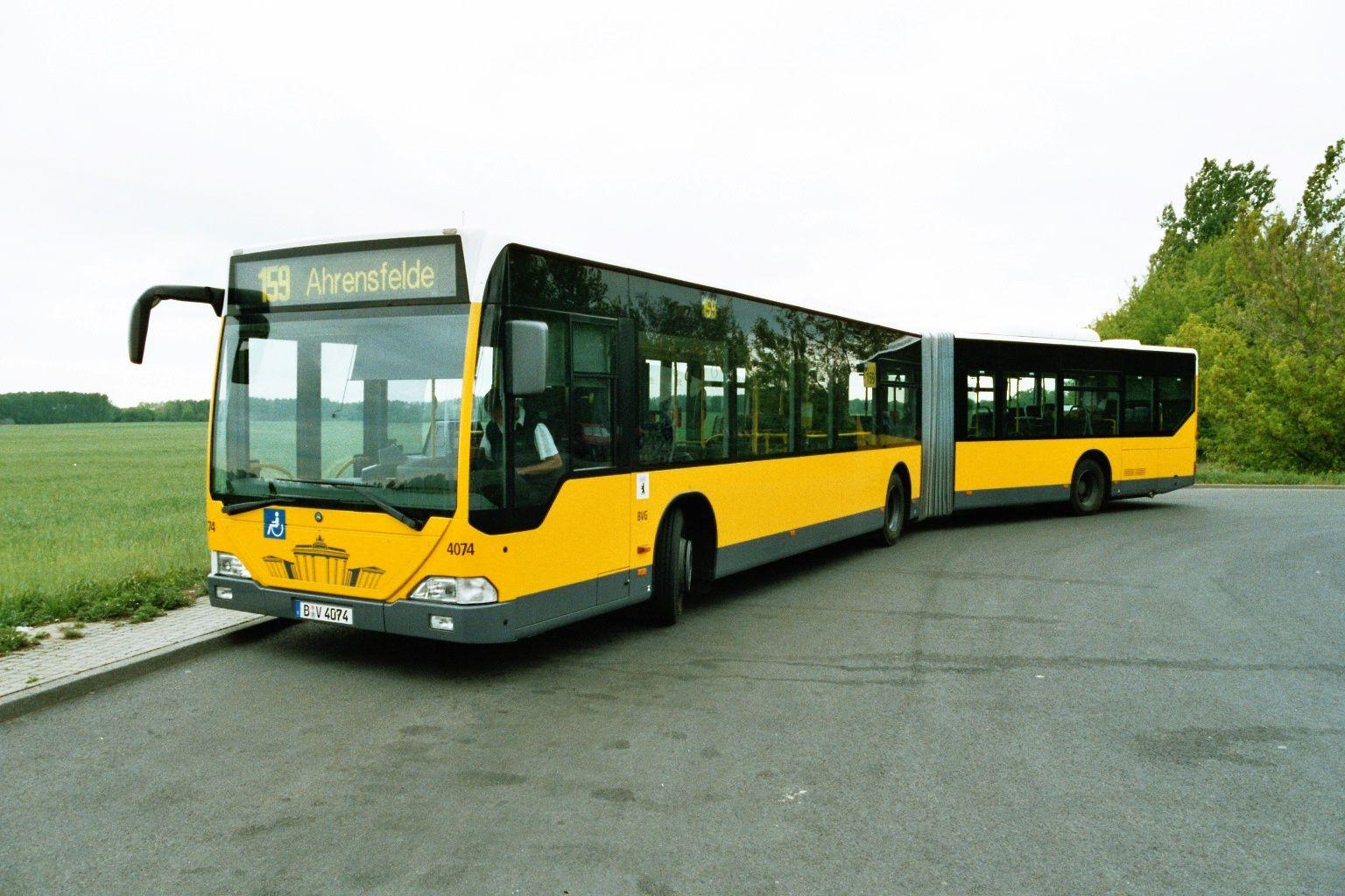Bus 4074, Typ MAN GN 03(NG 313), Wittenau, 2004