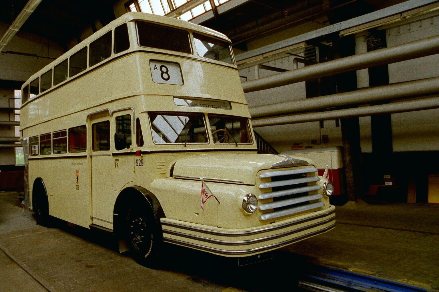 Bus 929