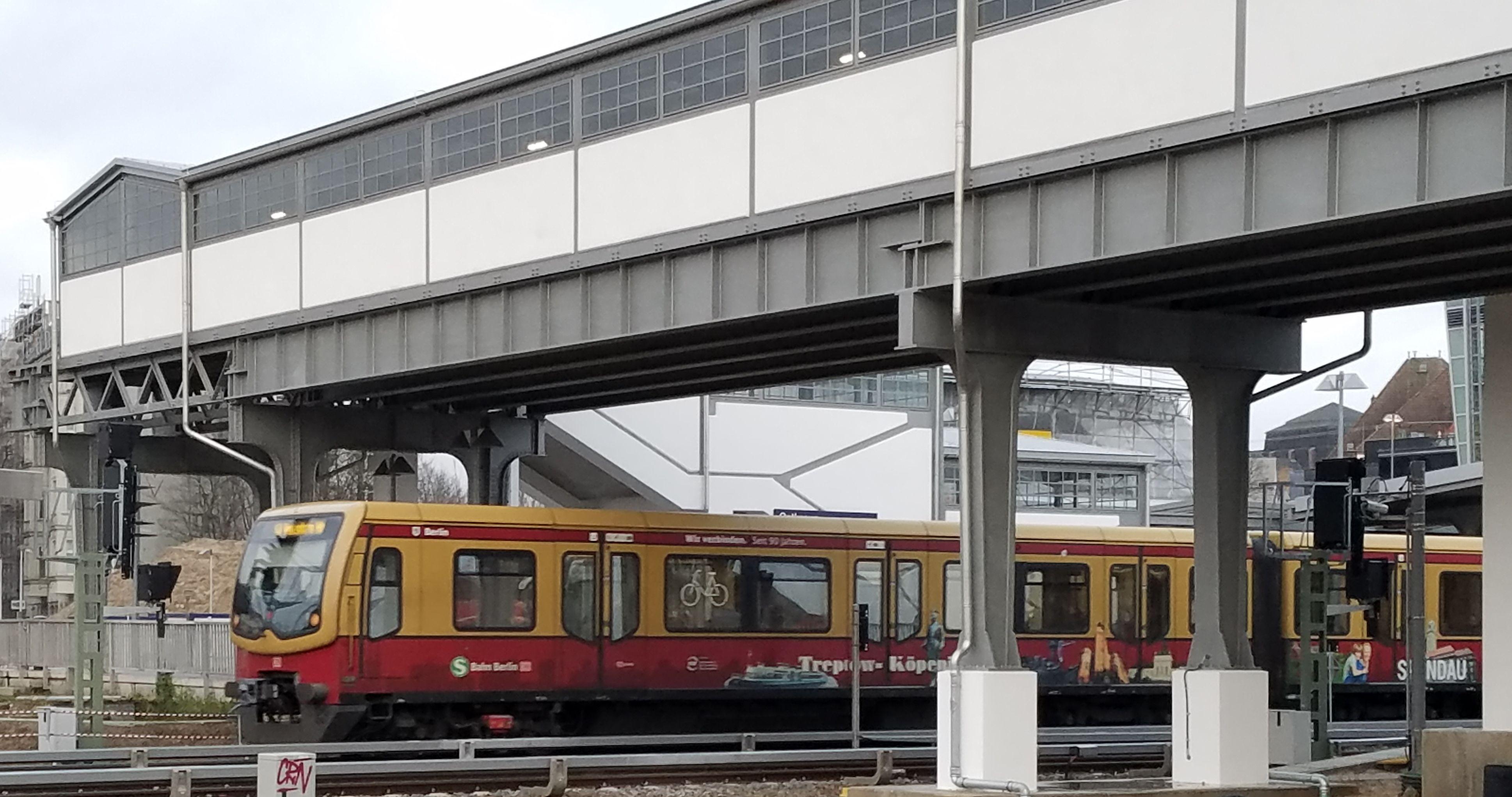 Foto:S-Bahn 481 502, Baureihe481/482, Ostkreuz, 2017