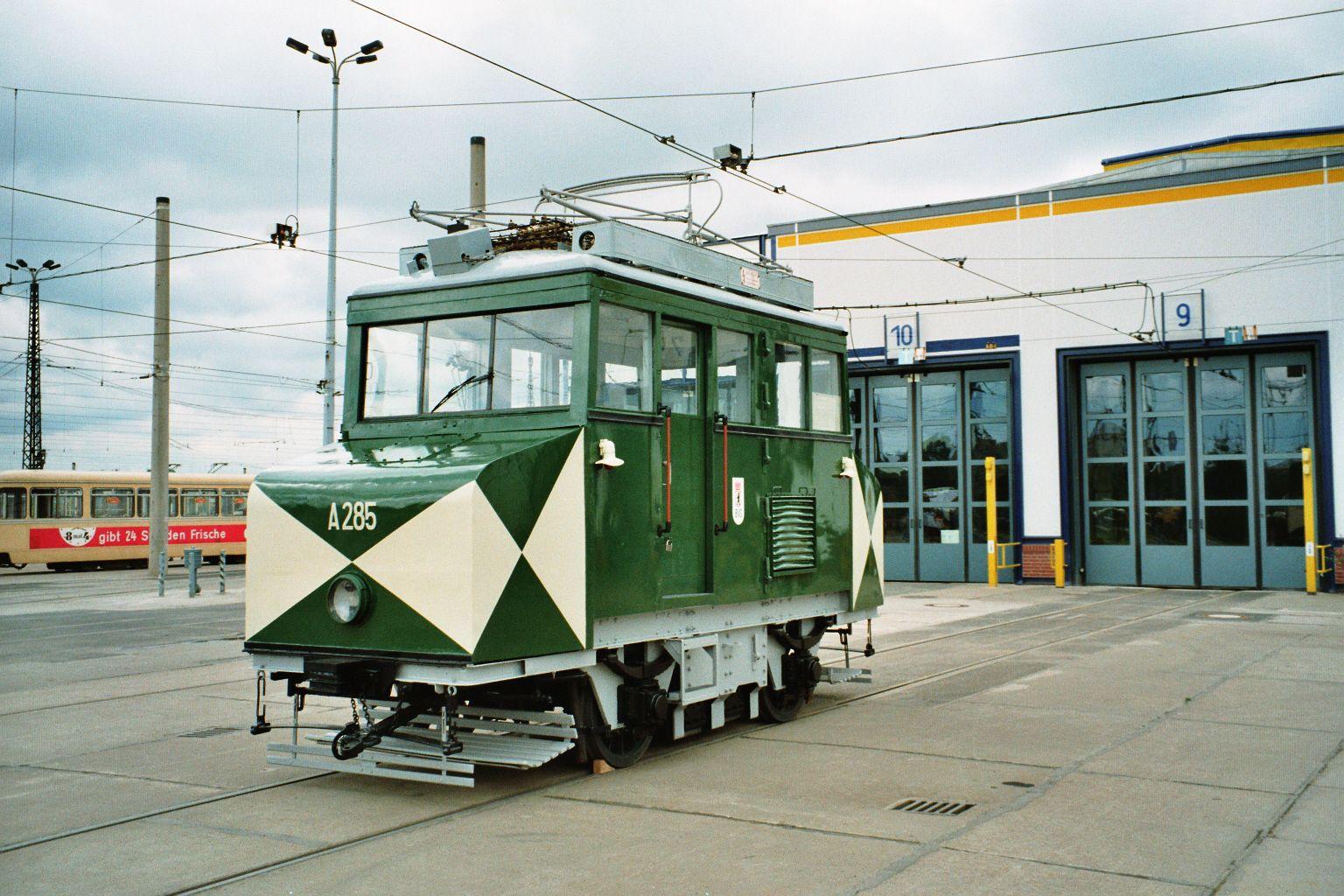 [img]http://www.berliner-verkehr.de/trbilder/285.jpg[/img]