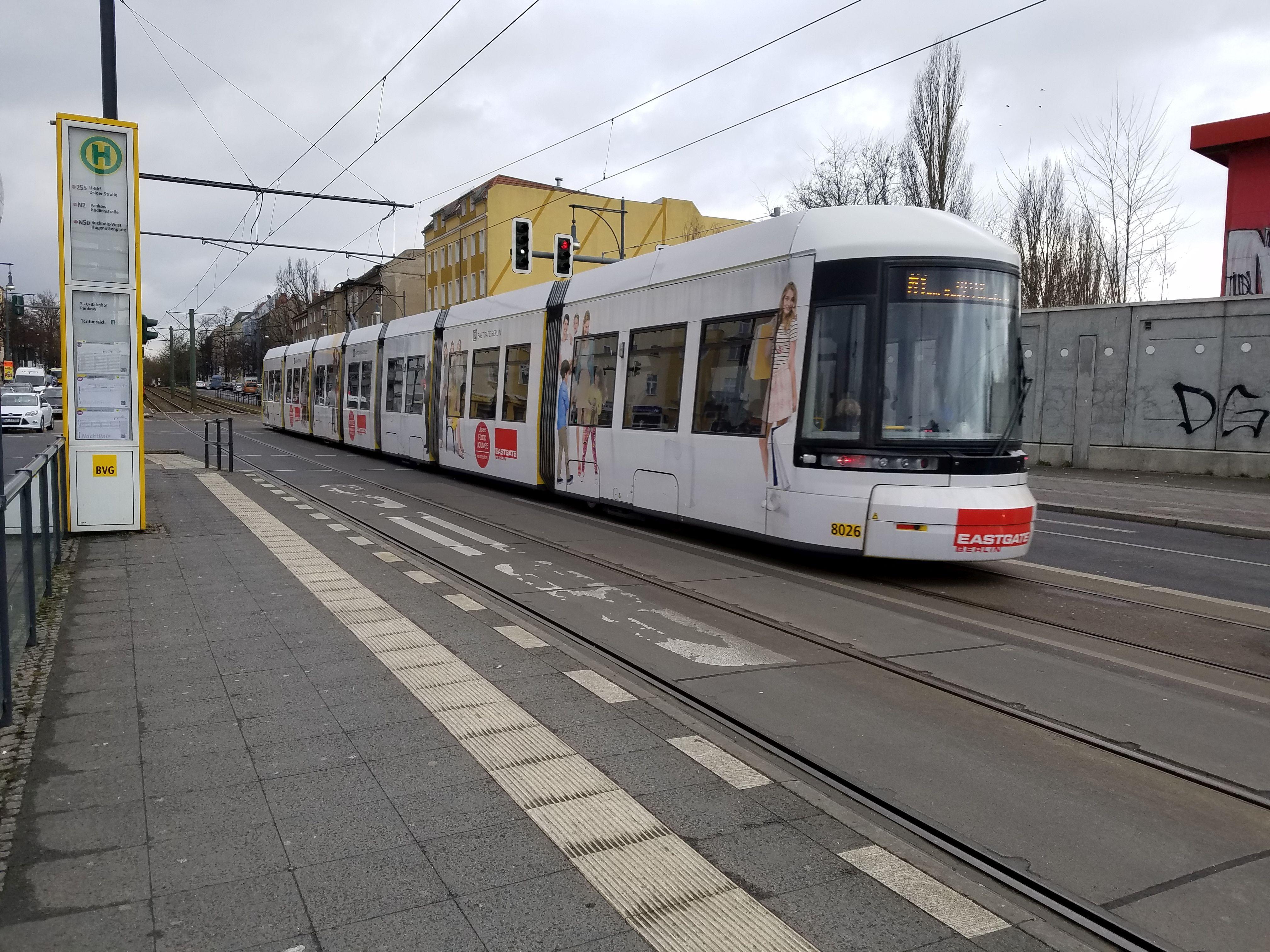 Foto: Straßenbahn 8026, Typ Flexity ERL, Pankow, März2018