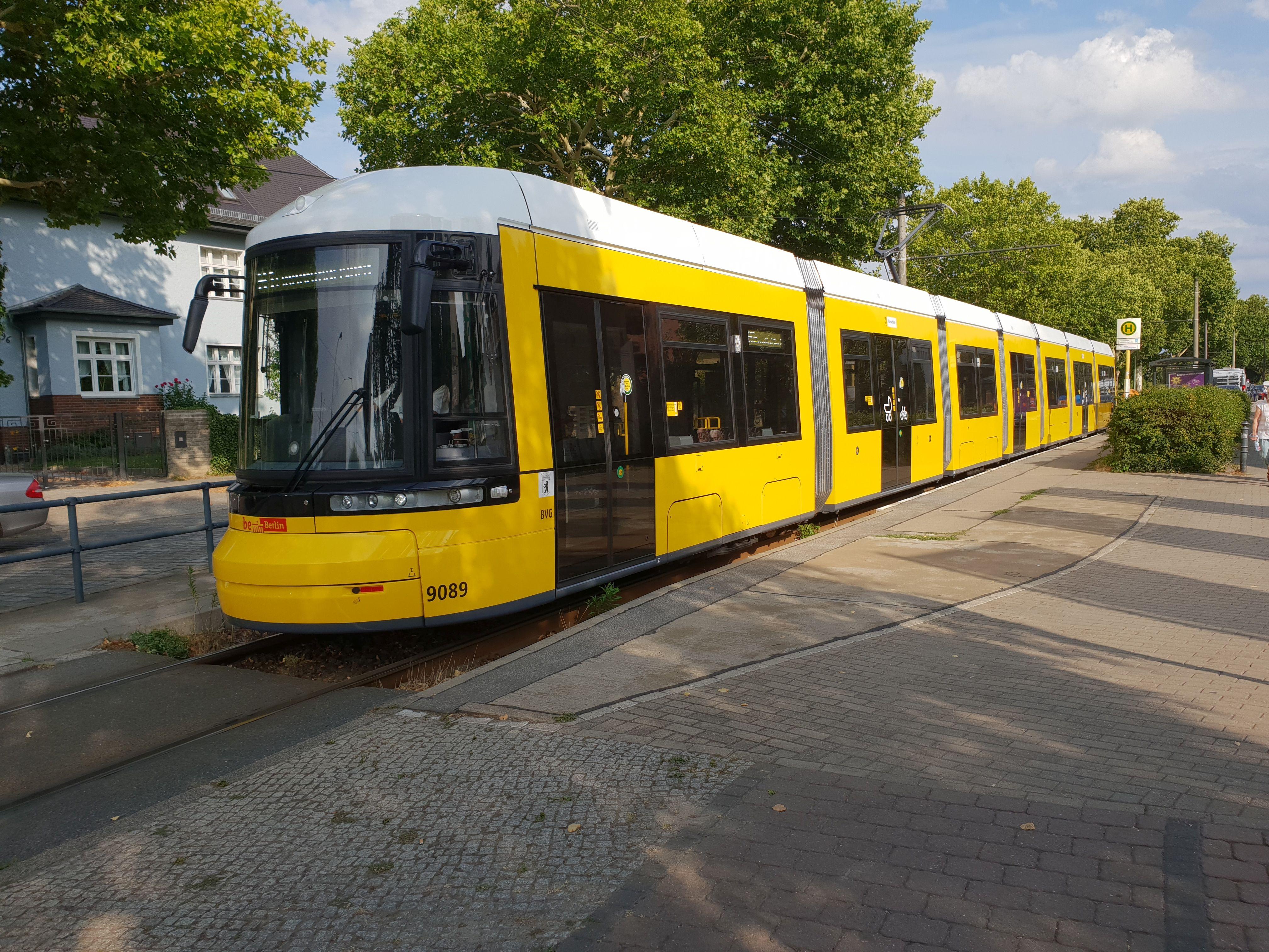 Straßenbahn 9089, Typ Flexity ZRL, Niederschönhausen, August 2018