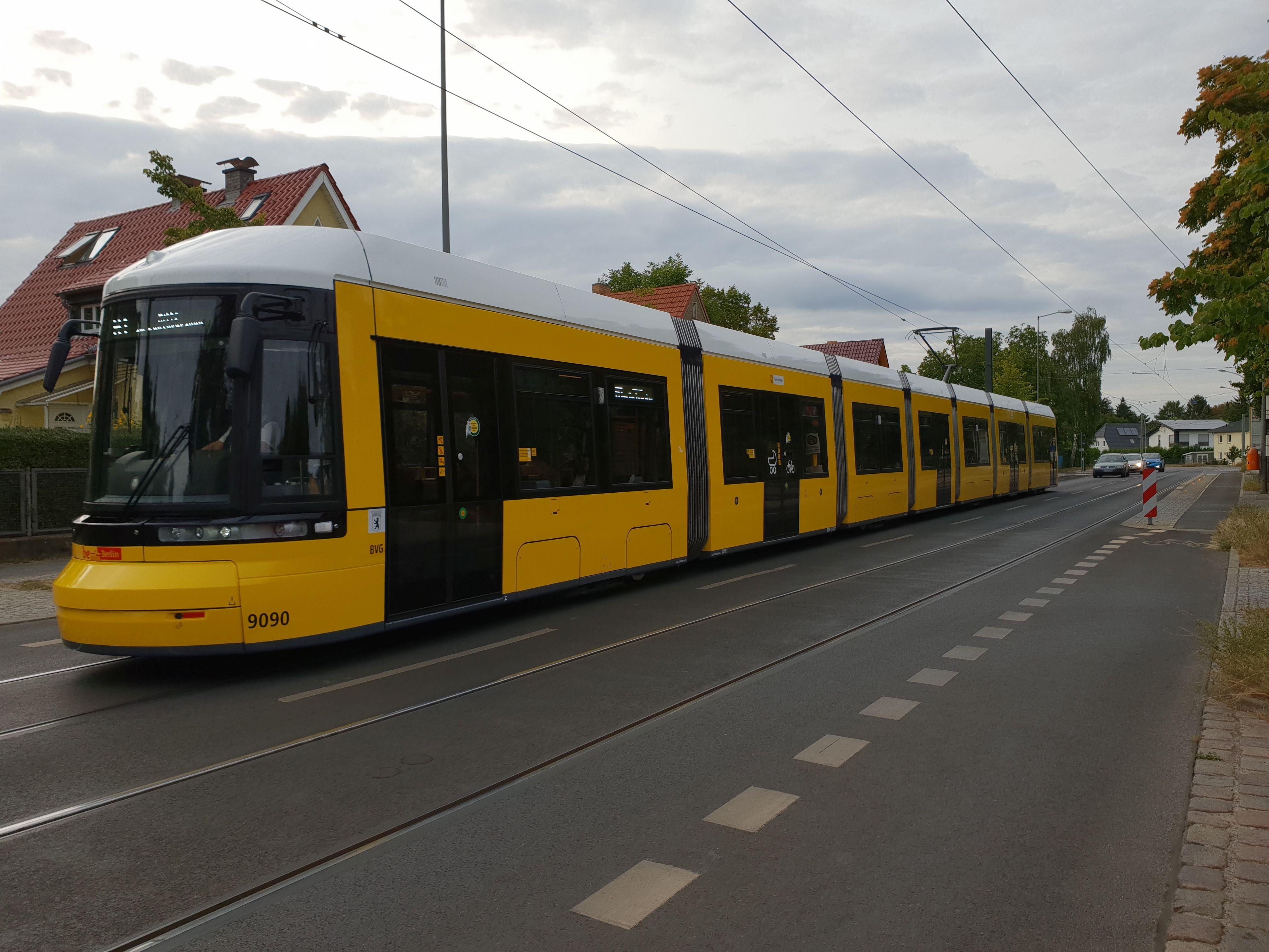 Straßenbahn 9090, Typ Flexity ZRL, Niederschönhausen, August 2018