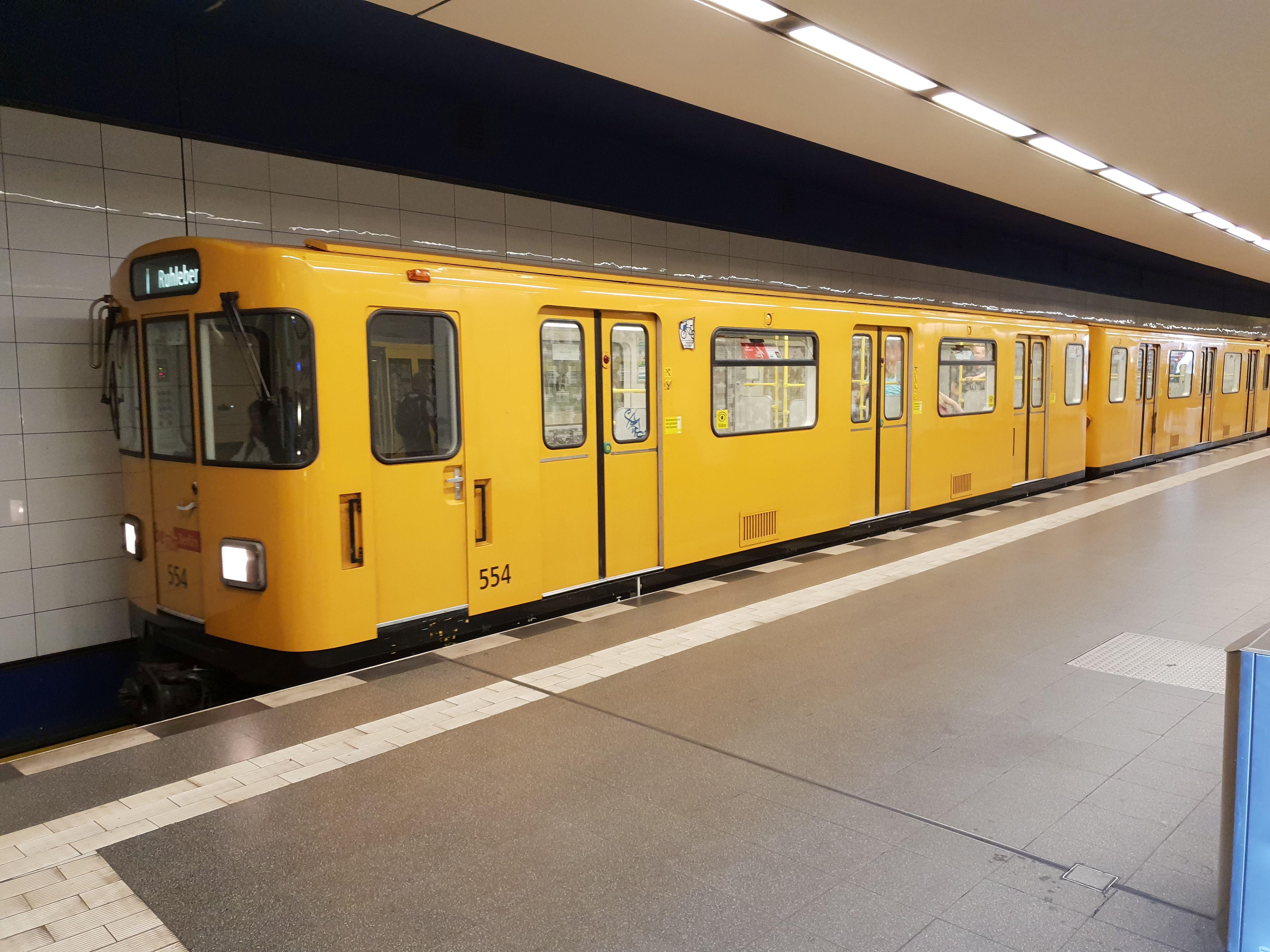 U-Bahn 554, Baureihe A3L, Berlin-Pankow, August 2018